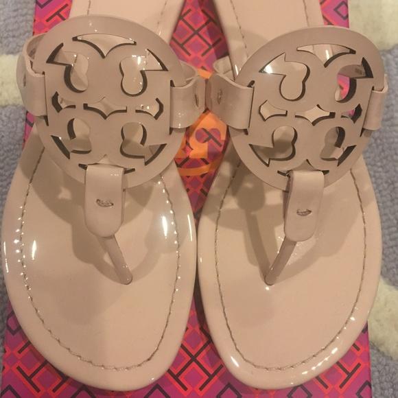 2684cf0f0ce Tory Burch Sea Shell Pink Patent Miller Sandals. M 5bbfa3f27386bc15f261011f
